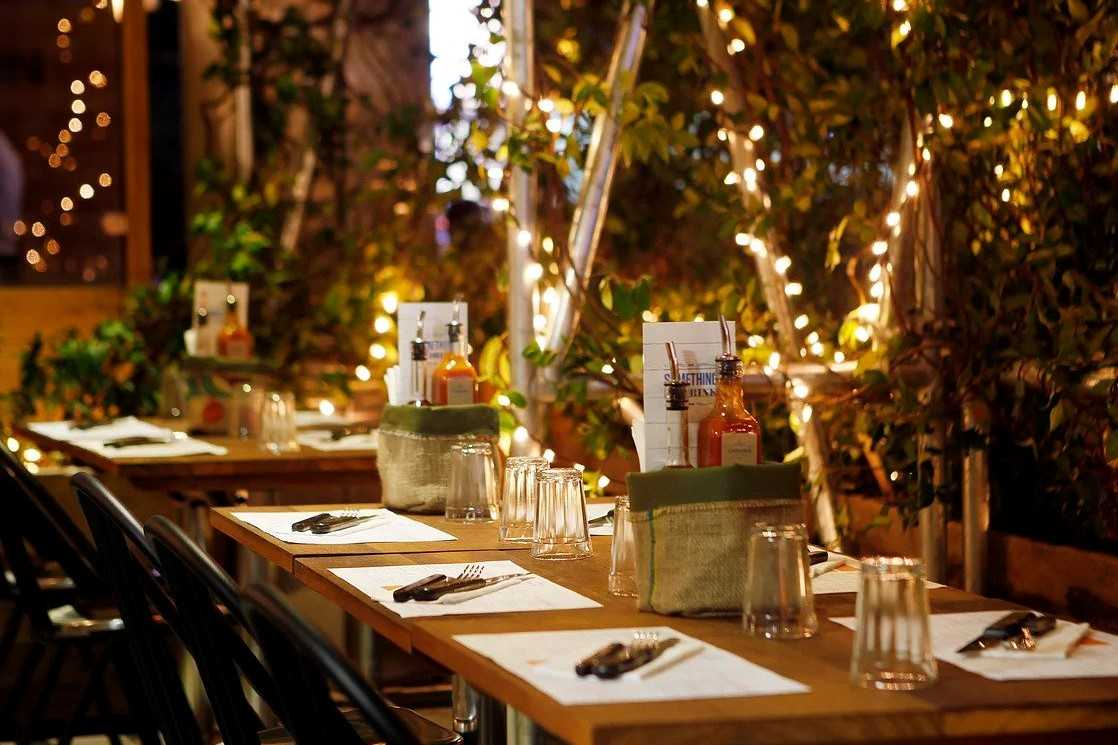 tables-inside-cabana-restaurant-bottomless-brunch-covent-garden