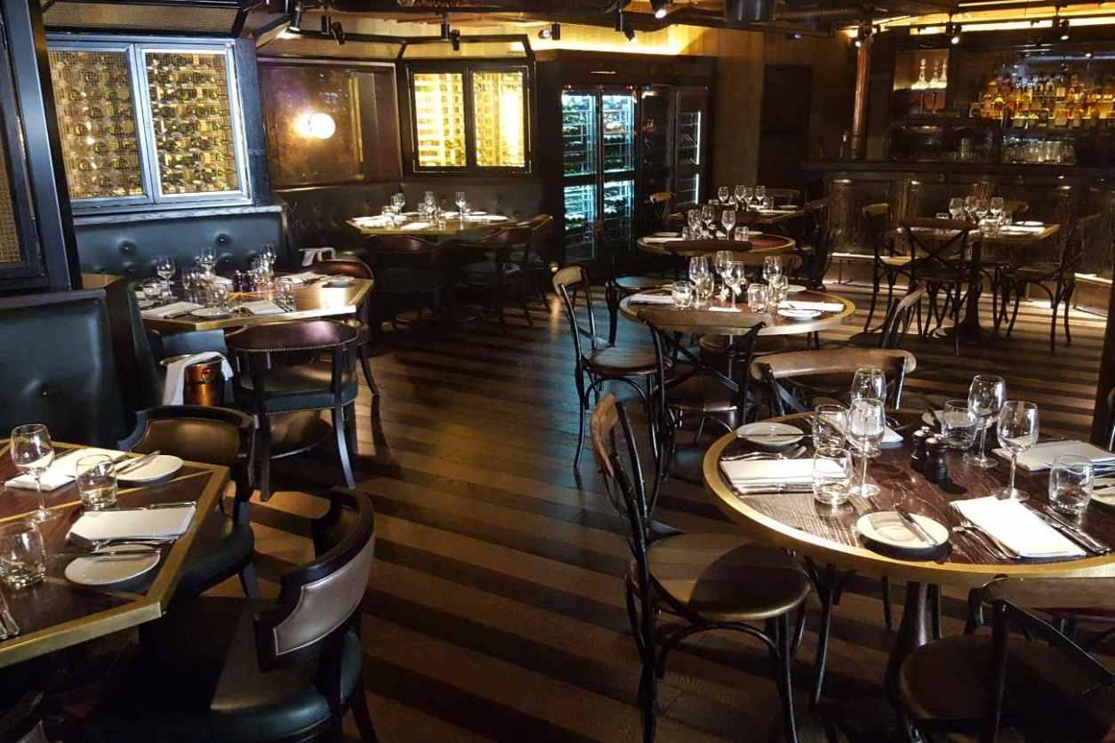 tables-inside-the-botanist-broadgate-circle