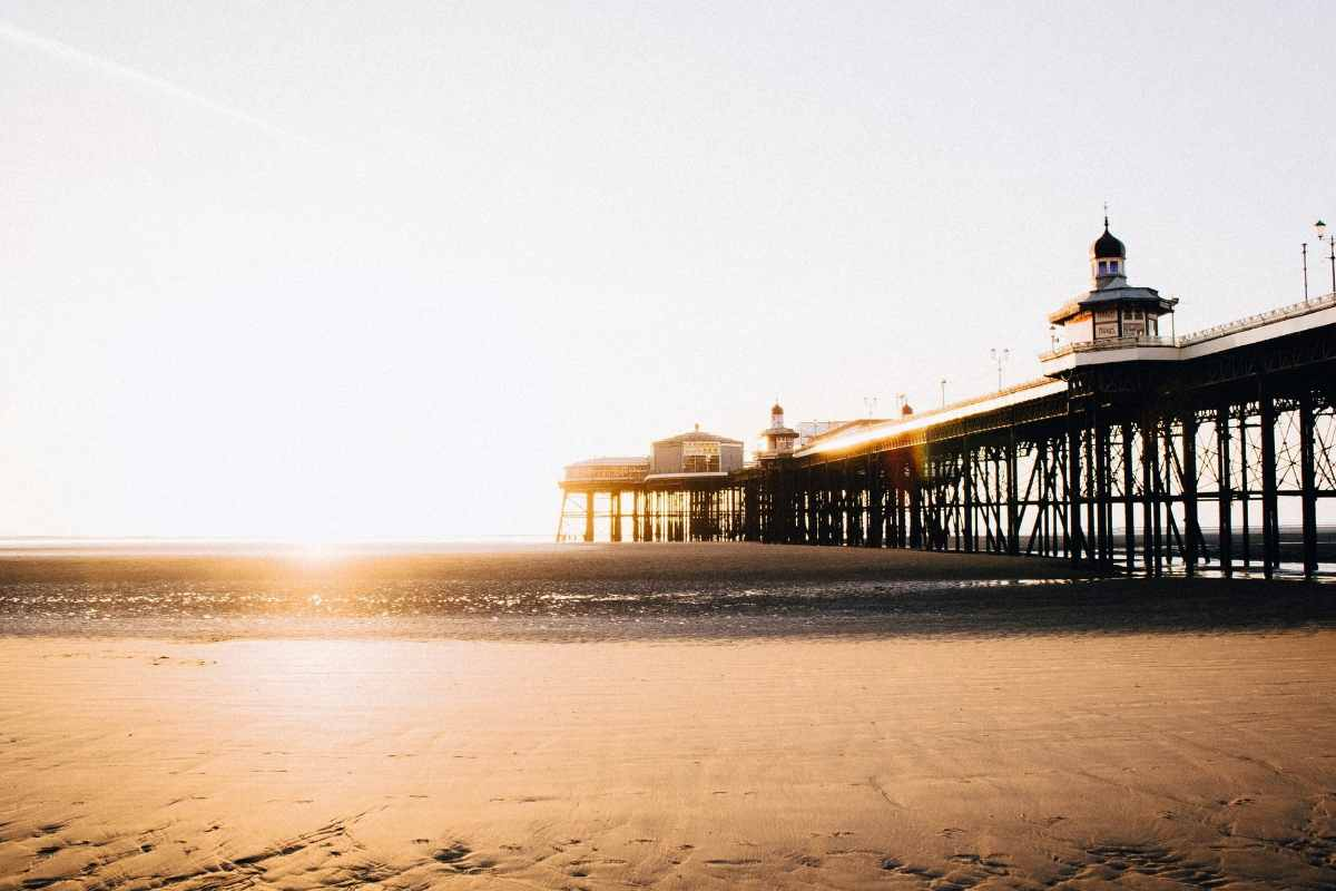 blackpool-pier-at-sunset-beaches-in-liverpool