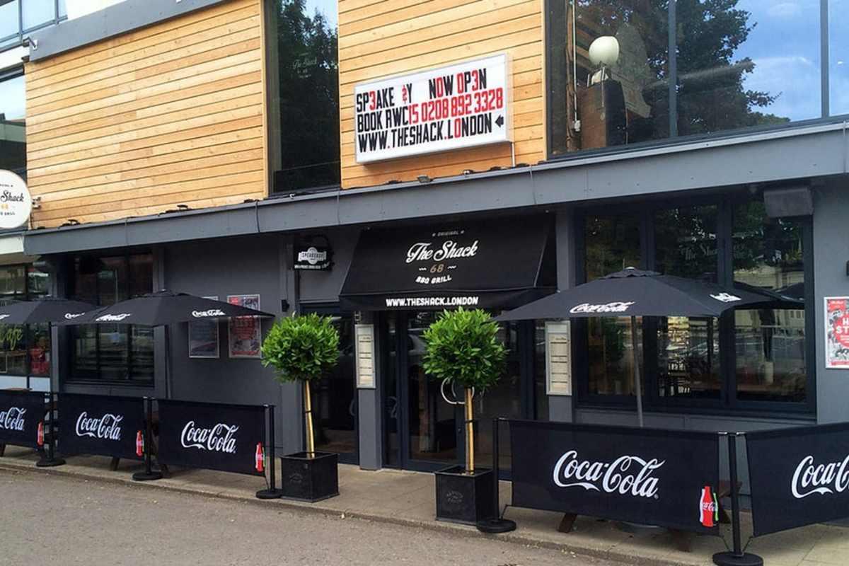 exterior-of-the-shack-68-bar-and-grill-twickenham