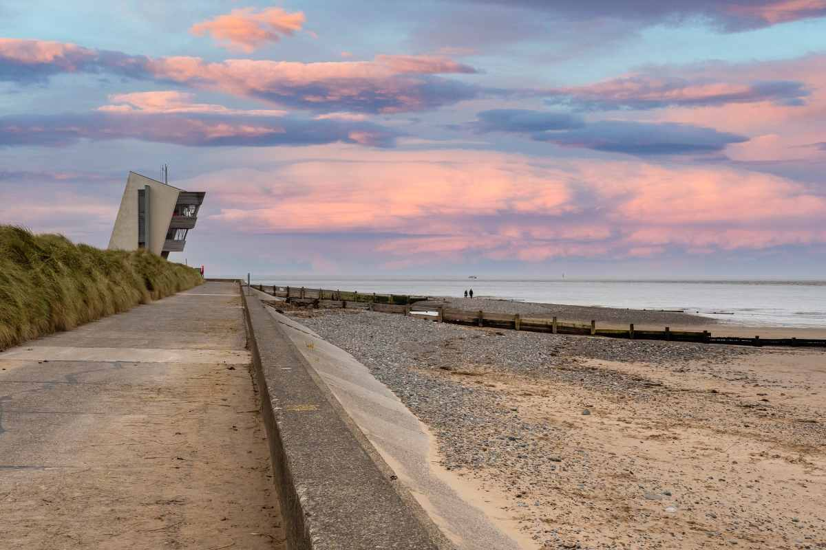 rossall-beach-at-sunset-beaches-in-liverpool