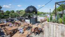 terrace-at-pitcher-and-piano-bottomless-brunch-richmond
