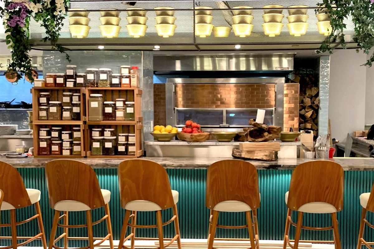 bar-and-kitchen-inside-dagon-restaurant