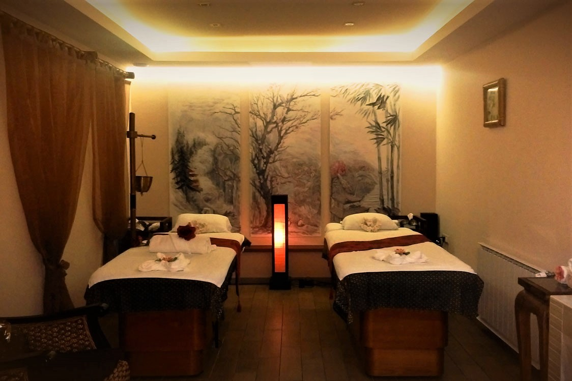 couple-room-in-5-elements-balinese-day-spa-indoor-activities-budapest
