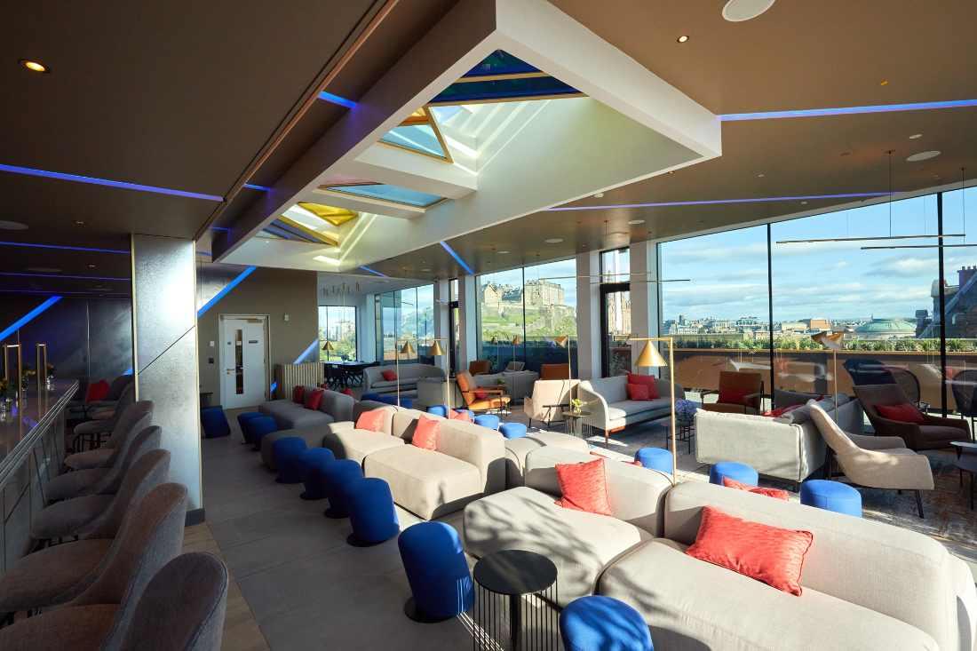 sofa-seating-in-johnnie-walker-1820-rooftop-bar