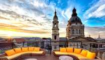 sofas-on-high-note-skybar-at-sunset-romantic-things-to-do-in-budapest