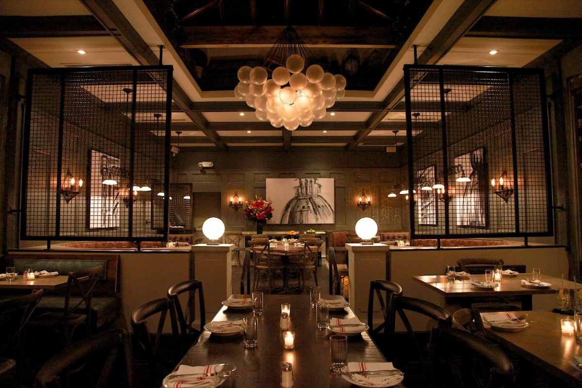 tables-inside-sotto-13-bottomless-brunch-nyc