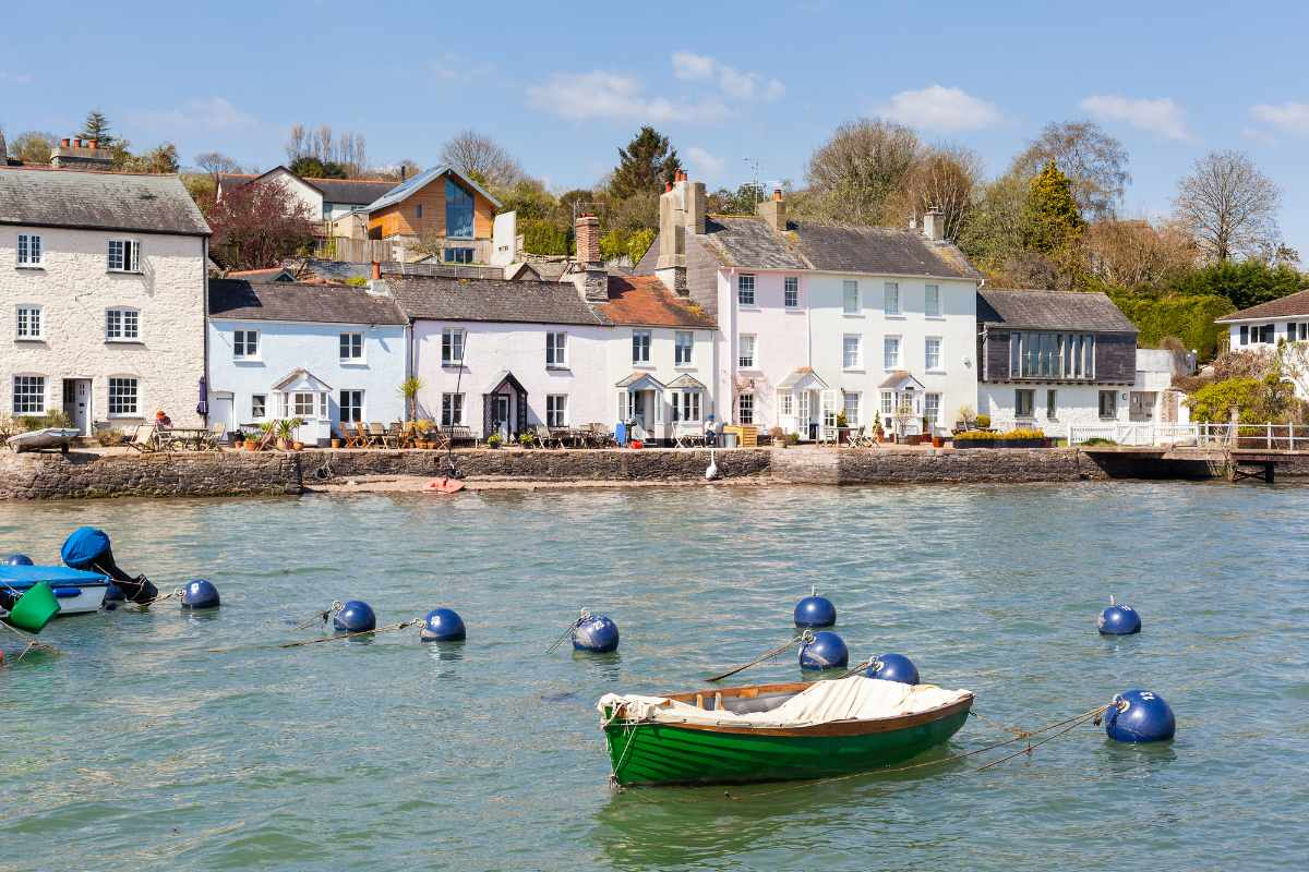 dittisham-waterfront-things-to-do-in-south-devon