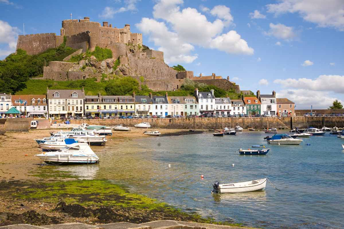 gorey-and-mont-orgueil-castle-3-days-in-jersey-itinerary