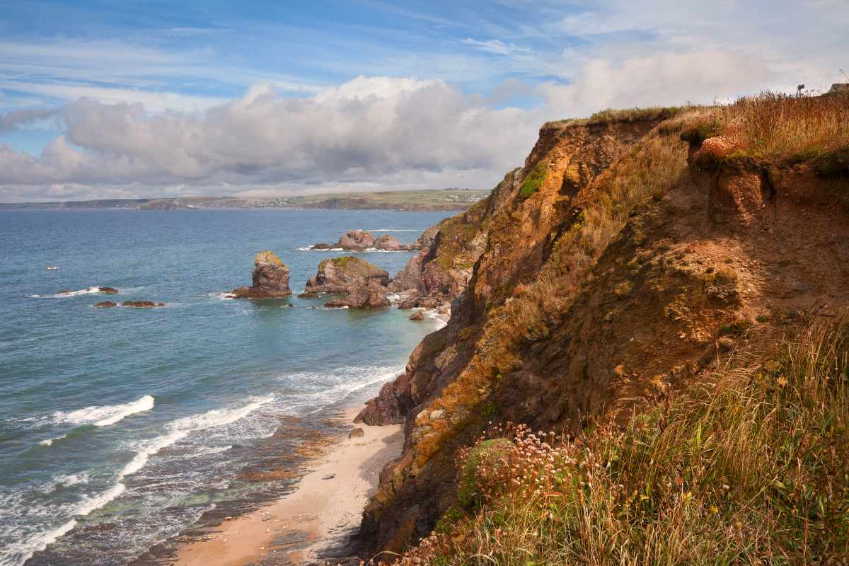 hope-cove-on-sunny-day-things-to-do-in-south-devon