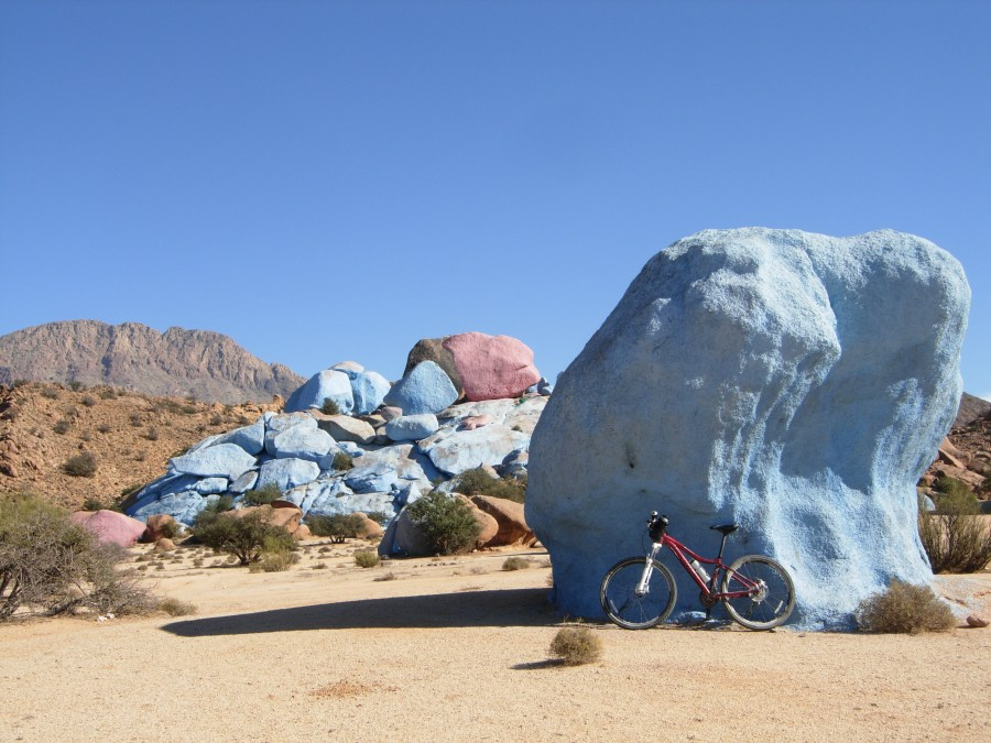 Cycling in the anti atlas Tafraoute blue and pink boulders