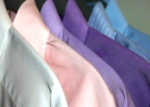 Die richtigen Hemd- und Blusenfarben für das Business – jetzt mit 15% Rabatt