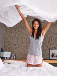Ordnung im Schlafzimmer schaffen