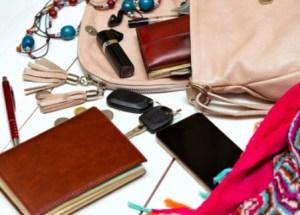 Das halbe Leben in der Handtasche