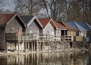 Der Charme der Holzhäuser: Von rustikal zu modern
