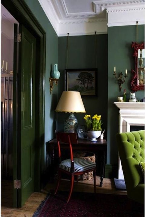 Wandgestaltung in dunkelgrün als Homing Trend