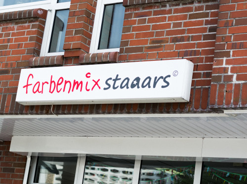 farbenmix staaars_Laden_Schortens_inspirationen_Schaufenster_Schild