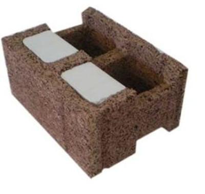 Materiale da costruzione: blocco in fibra di legno
