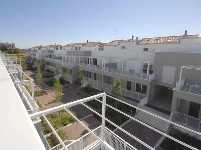 Condominio Green-Park: panoramica dall'alto sul giardino interno