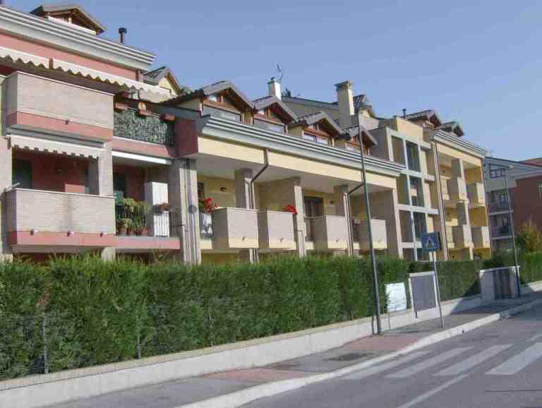 Nuove costruzioni: complesso condominiale a S. Anna di Piove di Sacco (PD) vista prospetto laterale