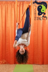yoga-in-volo-antigravity-centro-tao-messina-1