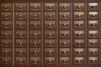 The Heap seen as a card catalogue
