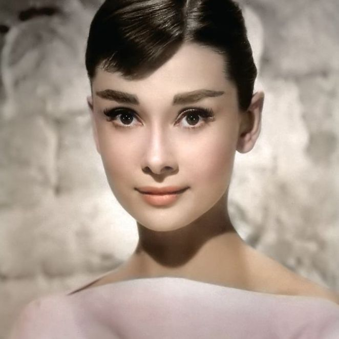 Audrey Hepburn Fotoğraf Renklendirme