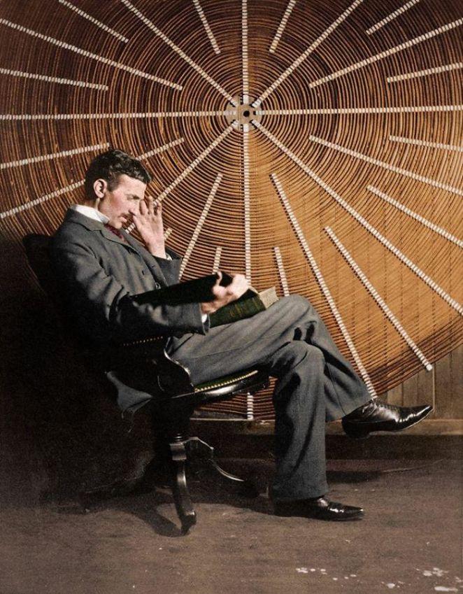 Nikola Tesla Fotoğraf Renklendirme