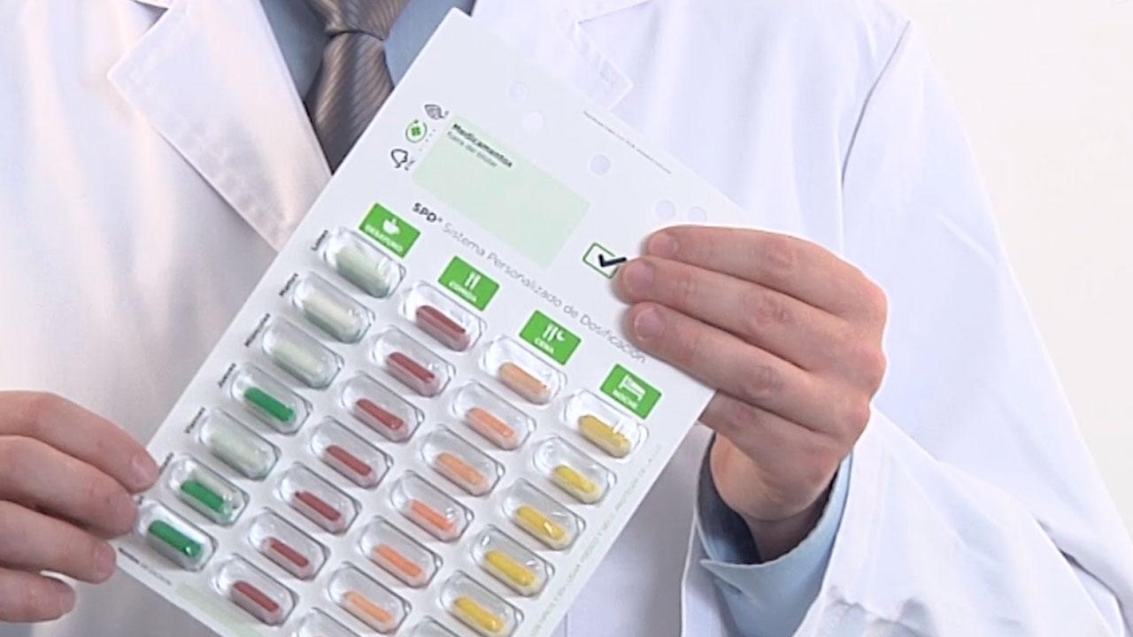 Tomar antibioticos antes o despues de comer