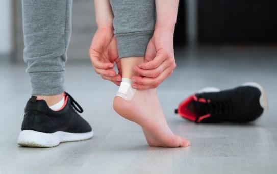 Come prevenire e curare le vesciche ai piedi