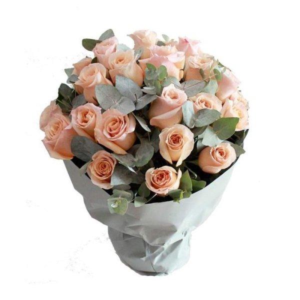 jenna rose bouquet by farm florist