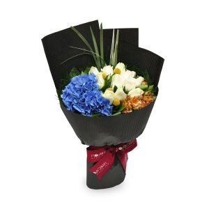 trendy gesture 12 white roses 1 blue hydrangea by farm florist singapore