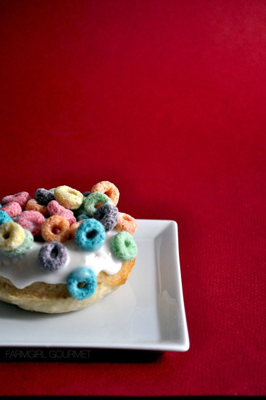 Vanilla Baked Fruidoo Donuts | farmgirlgourmet.com #doughnutweek