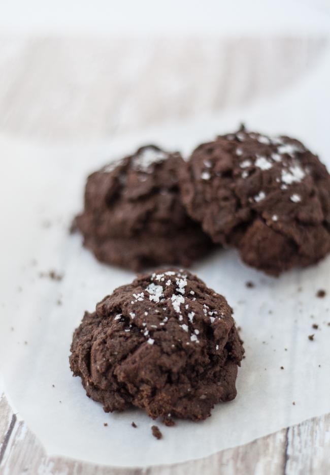 Double Chocolate Chunk Sea Salt Cookies | farmgirlgourmet.com #cookies #truvia #lowsugar