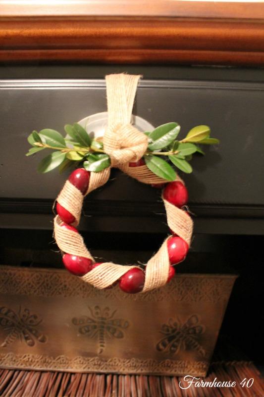 cranberry wreath 3501