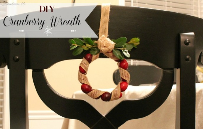 cranberry wreath banner 3512