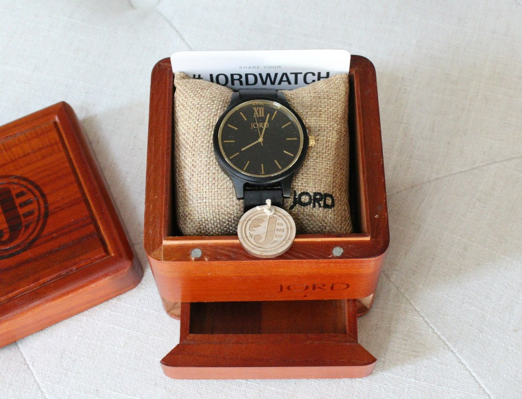 gift-her-him-jord-watch