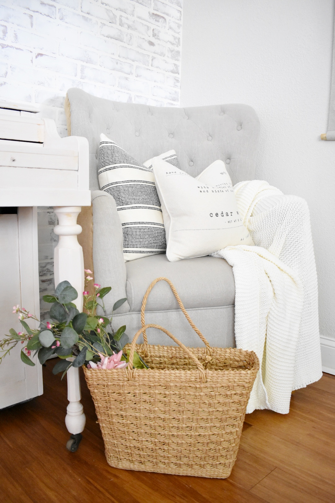 Affordable Pillow Covers From Hm Farmhouse On The Bay