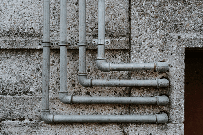 Plumbing Issues – When Should You Call for Professional Help?