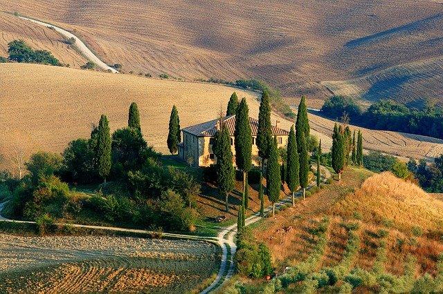 Agriturismo on hillside south of Siena, Tuscany