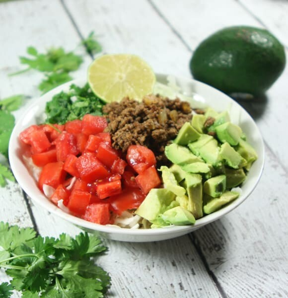 These Whole30 and Paleo Taco Salad Bowls are a quick and easy, fresh and flavorful weeknight meal.