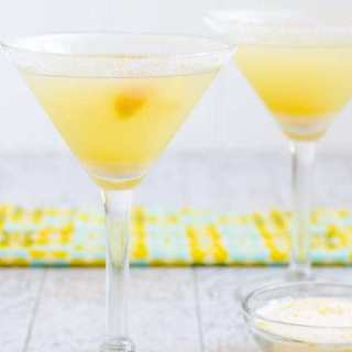 Low Carb, Keto Lemon Drop Martini