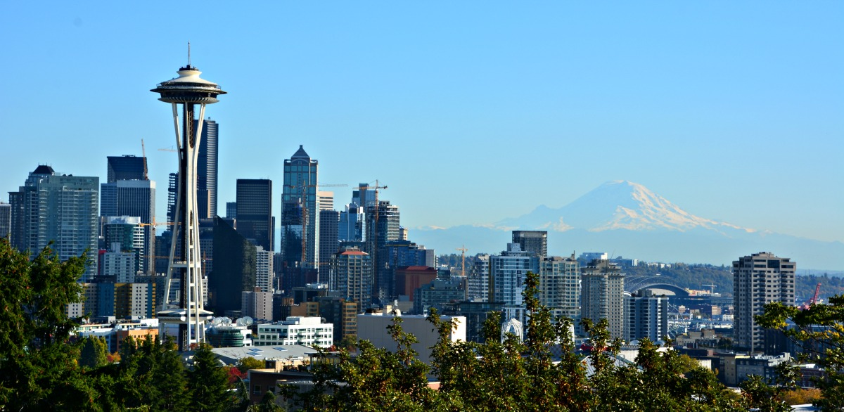 Seattle is spectacular in the fall, this is the view of downtown Seattle and Mt. Rainer from Kerry Park.