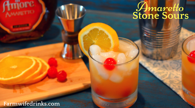 This sweet and tangy combination of Amaretto, sweet and sour and orange juice makes the perfect Amaretto Stone Sour.