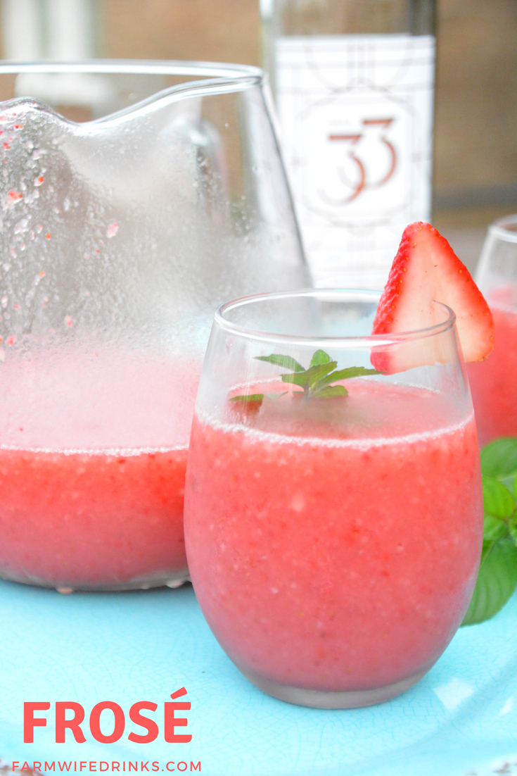 Frosé - The amazing combination of rosé wine and frozen strawberries. A simple frozen wine cocktail you will love to drink poolside or fora after dinner drink. #Frose #RoseWine #Cocktail #winecoktail