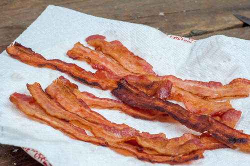 Bake, Broil, Fry -3 ways to make bacon from Farmwife Feeds #recipe #bacon #oven