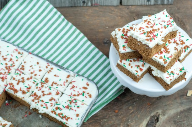 Gingerbread Bars with Cream Cheese Icing from Farmwife Feeds is a bar take on classic Christmas gingerbread flavors. #gingerbread #recipe #creamcheese #christmas