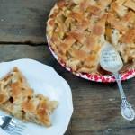 Easy Pour Over Apple Pie