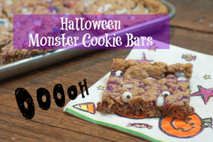 Halloween Monster Cookie Bars from Farmwife Feeds are a super easy treat for kids with a halloween twist for fun! #halloween #sprinkles #cookiebars #recipe