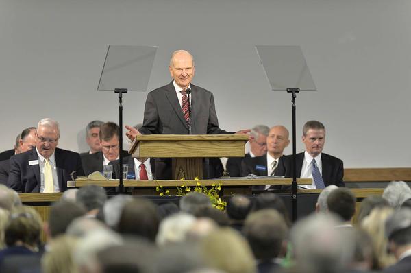 Ajustes realizados para que el trabajo entre los misioneros y los lideres locales sea más eficaz